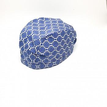 Boneta cu motive albastre
